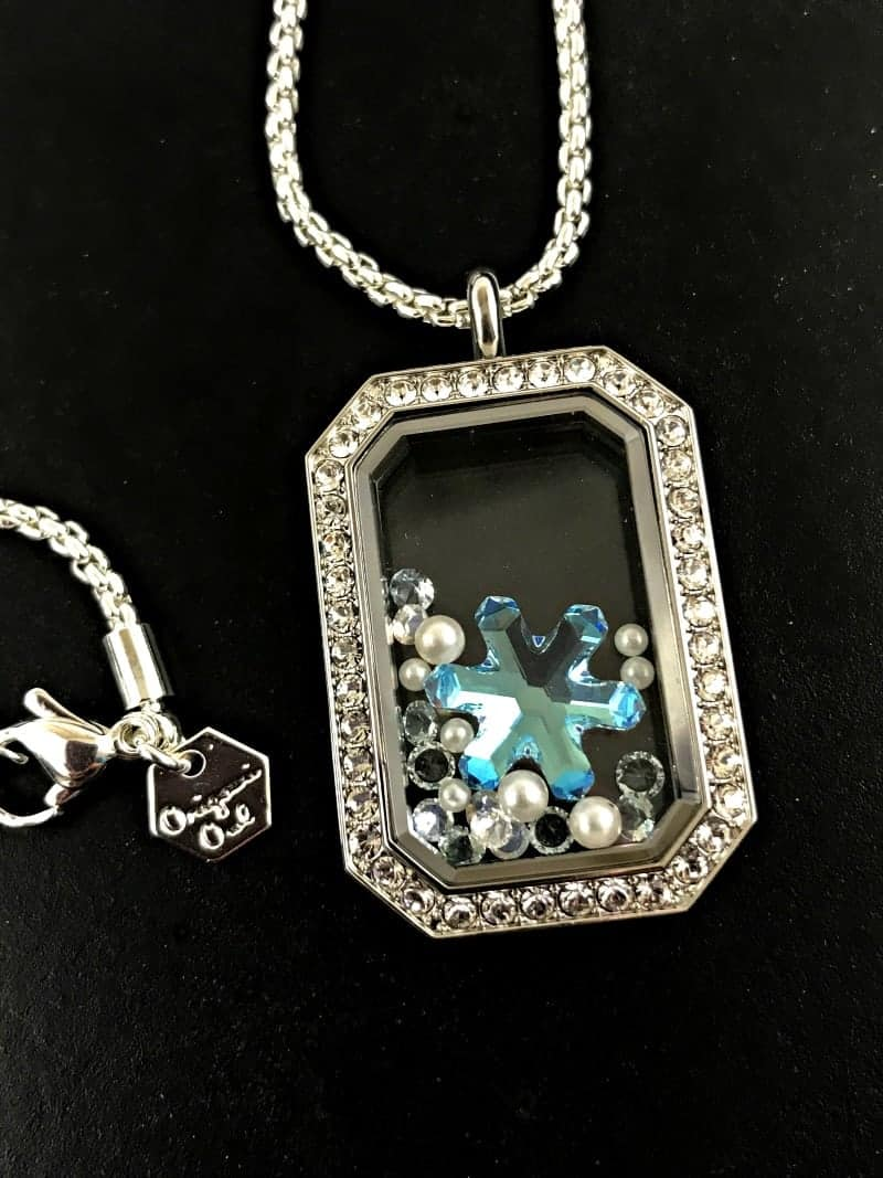 Origami Owl Living Lockets Unveiled - How Many Charms Can They ... | 1067x800